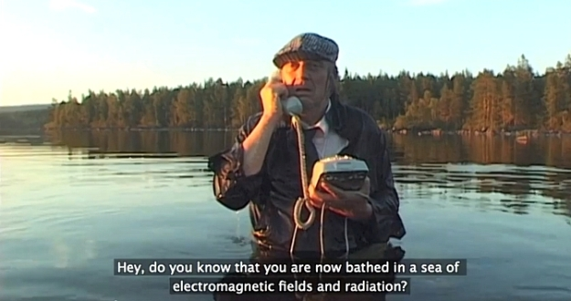 Landline in the Lake, by Bie Erenurm, starring John-Erik Leth